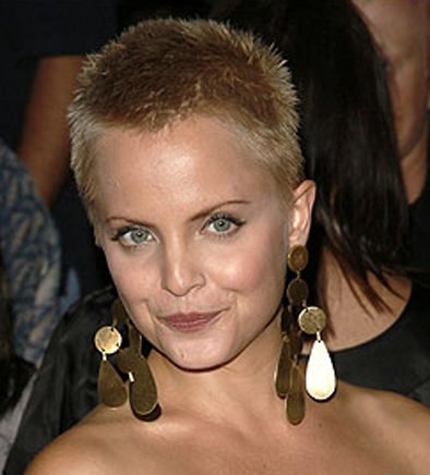 mena suvari short hair. Mena Suvari Short Hair