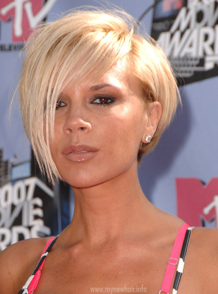 Victoria Beckham With Blonde Hair 26
