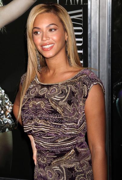 beyonce-blonde-straight-hair-2011