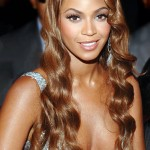 Beyonce's Silky Wavy Hairstyle