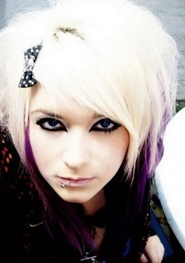 Emo Hair Styles With Image Emo Girls Hairstyle With Short Blond Emo Haircut Picture 5