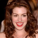 05 Anne Hathaway