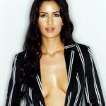 Katrina Kaif sexy wavy hairstyle