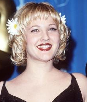 short blonde hair bangs. drew-barrymore-short-hair-bangs-blonde. Posted under: