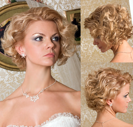 Beautiful short wedding hair with bouncy curls