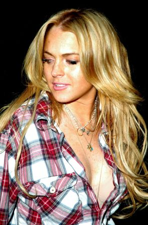 highlighted blonde hair. lindsay-lohan-highlighted-hair