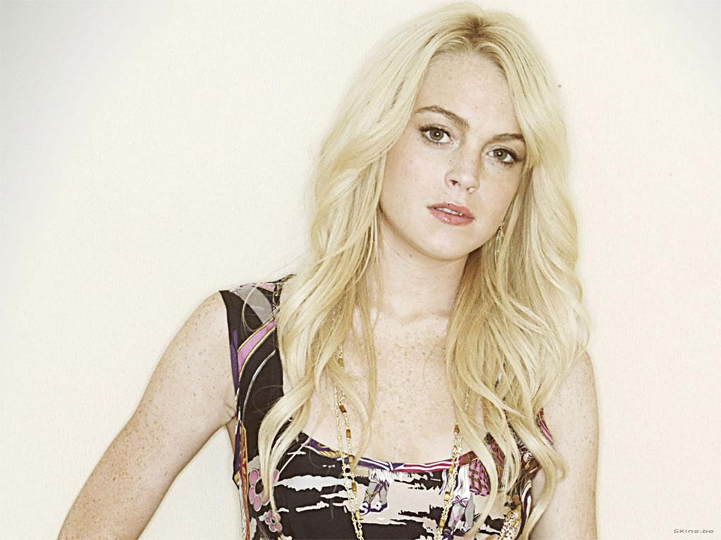 Lindsay Lohan Platinum Blonde My New Hair