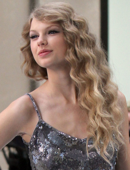 Taylor Swift Natural Hair, Long Hairstyle 2011, Hairstyle 2011, New Long Hairstyle 2011, Celebrity Long Hairstyles 2058