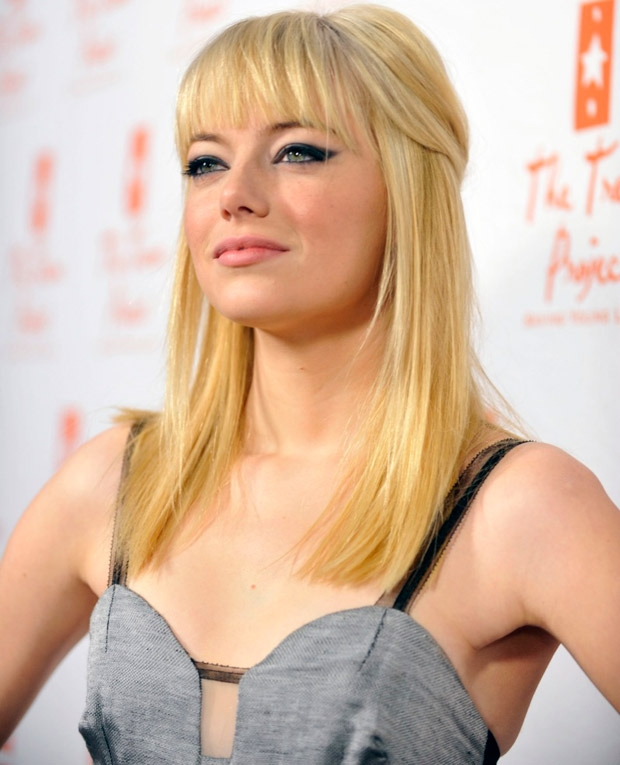 emma stone red hair 2011. emma-stone-bangs-blonde-2011