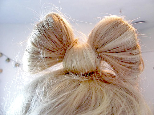 bow bun hairstyle