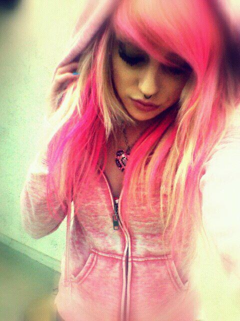scene girl with pink hair