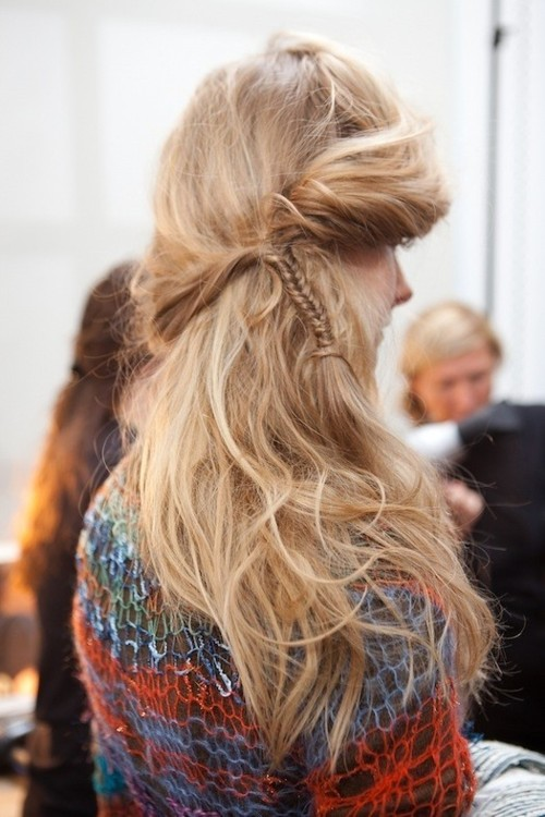 hair out messy braid