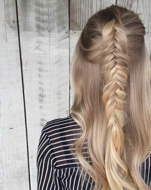 Textured fishtail {half up half down}